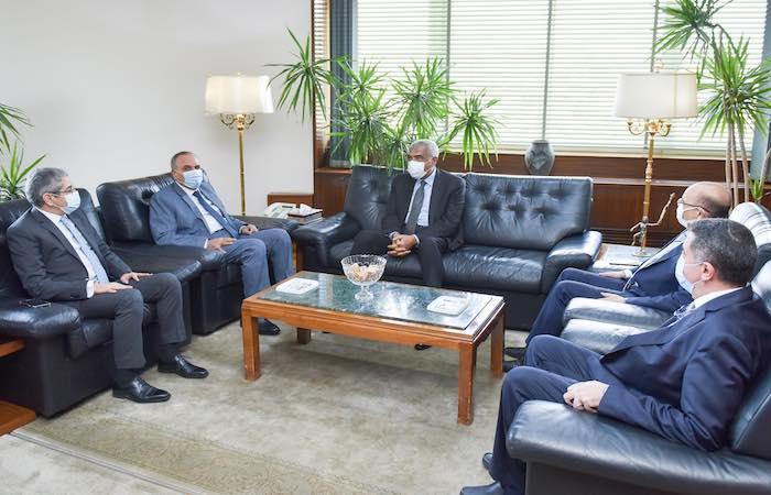 زيارة-رجل-الأعمال-هشام-طلعت-مصطفي-لمؤسسة-الأهرام