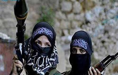 أعمارهن بين ١٤ و٢٢.. داعش يجند نساء الغرب لاستغلالهن جنسيًا برسائل