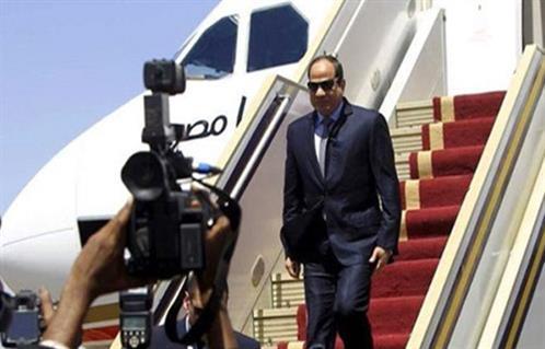 الرئيس السيسي يغادر باريس بعد مشاركته في المؤتمر الدولي حول تغير المناخ