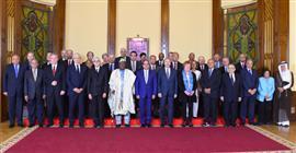 الرئيس السيسي يلتقى مجلس أمناء مكتبة