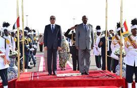مراسم استقبال رسمية للرئيس السيسي لدى وص...