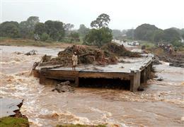 """إعصار """"إيدي"""" يدمر جنوب شرق إفريقيا"""