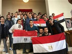 طلاب مصريون يسافرون 14 ساعة للمشاركة