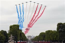 """احتفالات فرنسا بـ""""اليوم الوطني"""" في باريس"""