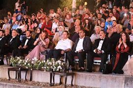 افتتاح الدورة الأولى لمهرجان السينما