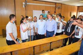 رئيس جامعة سوهاج يدشن المبادرة الطلابية