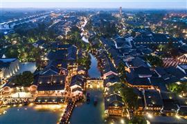 مشاهد ساحرة من بلدة ووتشين الصينية العريقة