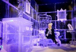 تماثيل هايد بارك وينتر ووندرلاند الثلجية