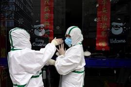 الصين تشدد إجراءاتها الوقائية لمواجهة