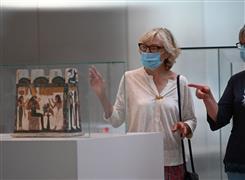 إعادة فتح متحف اللوفر بفرنسا