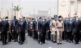 الرئيس السيسي يتقدم الجنازة العسكرية