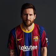 برشلونة يكشف عن قميصه للموسم الجديد