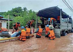 الجيش التايلاندي يواصل إنقاذ القري المتضررة