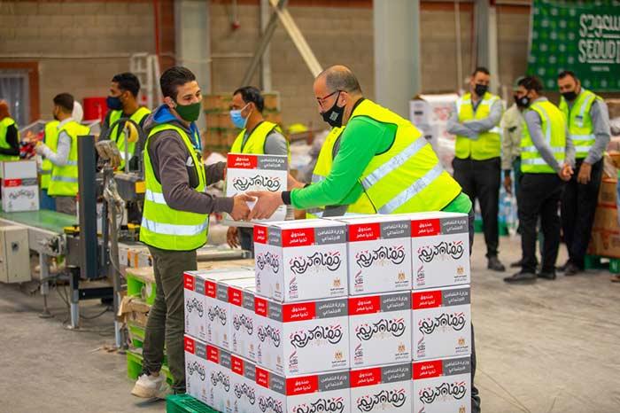 صندوق تحيا مصر يوفر المواد الغذائية للأسر الأولى بالرعاية استعدادا لشهر رمضان