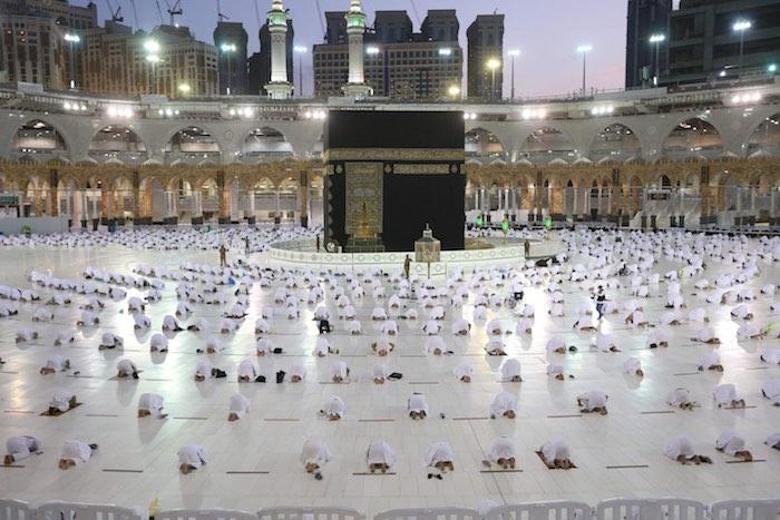 أول أيام رمضان في عدد من دول العالم