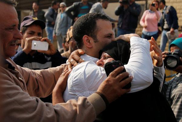 الداخلية تفرج عن المسجونين الذين صدر لهم قرار عفو رئاسي