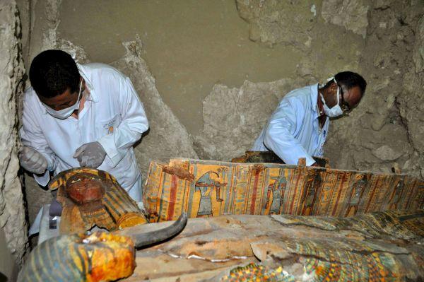 اكتشاف مقبرة فرعونية أثرية من الأسرة 18 في الأقصر (أ ف ب)