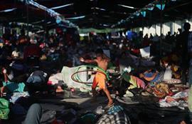 قافلة المهاجرين تتجه شمالًا نحو أمريكا