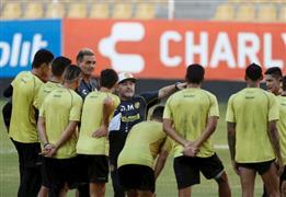 مارادونا يبدأ عمله الجديد مدربا لفريق دورادوس الذي يلعب في دوري الدرجة الثانية المكسيكي