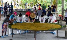 طهي أكبر باتاكون في العالم في يوم الأغذية العالمي بمدينه بنما