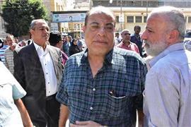 نجوم الفن يشيعون جثمان طلعت زكريا من مسجد العمري بالإسكندرية
