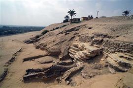 أول مقبرة مكتشفة من العصر الروماني في منطقة سقارة الاثرية.