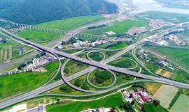 مدينة بنشي تتحول من صناعية قديمة إلى مدينة صديقة للبيئة في الصين