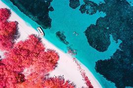 صور مذهلة بواسطة طائرة بدون طيار تلتقط لجزر عطلة الاحلام من جزر المالديف