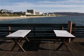 إغلاق الشواطئ العامة في كاليفورنيا بسبب فيروس كورونا