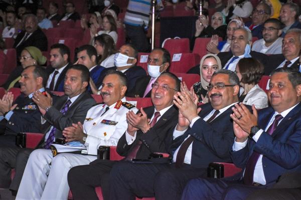 -تنفيذًا-لتوجيهات-الرئيس-السيسى-بتطوير-وتوسعة-المحاور--الإسكندرية-على-أعتاب-نهضة-تنموية-وسياحية