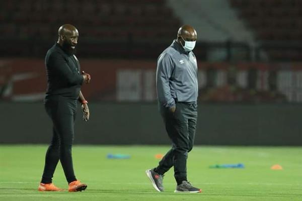أخبار الأهلي أقدام لاعبي الأحمر تحدد مستقبل موسمياني في مباراة إنبي