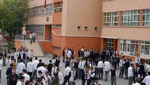 وفاة طالب في طابور المدرسة واتهام والده لوزيري التعليم والصحة بالتسبب 2011-634402039633694459-369