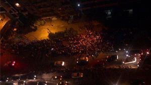 """عاجل :تزايد أعداد المحتجين أمام سفارة إسرائيل مرددين"""" الشعب يريد"""