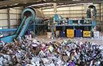 """""""البيئة"""" تواصل جولاتها التفقدية لمصانع تدوير المخلفات بزيارة لمصنع الغردقة"""