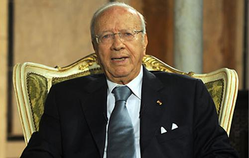 السبسي يدعو إلى تعديل القانون الانتخابي في تونس -
