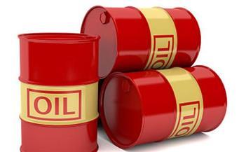 أسعار النفط تبقى قرب أدنى مستوى لها منذ شهرين مع رهان المستثمرين على هبوط الأسعار