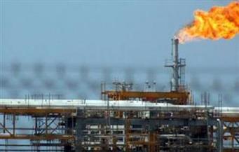إصابة شخصين في حريق بحقل برقان النفطي بالكويت