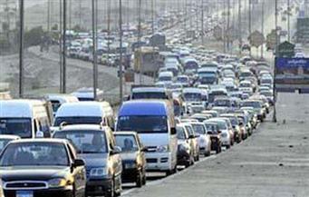 كثافات مرورية على الطريق الدائري بالجيزة بسبب انقلاب ميكروباص