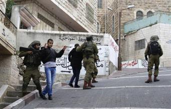 الاحتلال الإسرائيلي يطلق الغاز المسيل للدموع وذخيرة حية على محتجين فلسطينيين