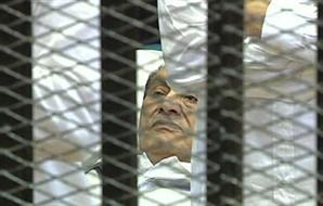 موعد النطق بالحكم مبارك يونيو