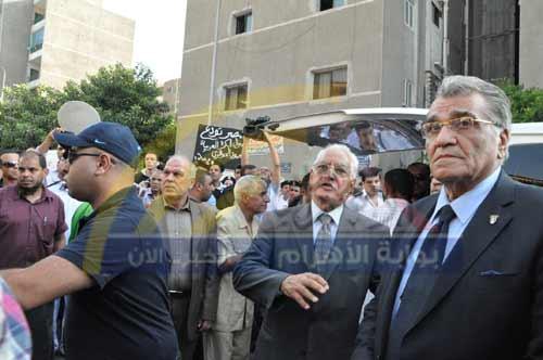 بالصور.. زحام جنازة الجوهري.. ورئيس 2012-634823766708485194-848.jpg