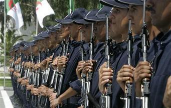 الشرطة الجزائرية تمنع مسيرة للنقابيين في العاصمة بسبب تعديل نظام التقاعد