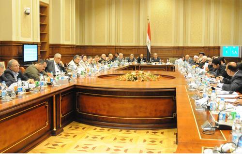 انسحاب الناشط السيناوي مسعد أبو الفجر من جلسة الخمسين اعتراضًا على المحاكمات العسكرية للمدنيين