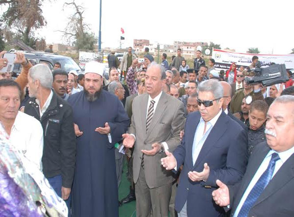 http://gate.ahram.org.eg/Media/News/2013/12/12/2013-635224522424269444-426.jpg