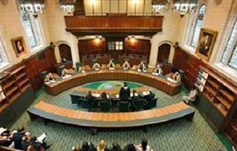 بعد 20 عاما.. محكمة فرنسية تطلب محاكمة صحفي بريطاني في جريمة قتل