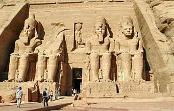 «آثار أسوان» تحدد موعد تعامد الشمس على وجه تمثال رمسيس