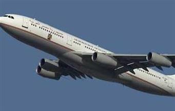 تأخر إقلاع طائرة يمنية 8 ساعات بسبب تصريح العبور بمناطق الاشتباك