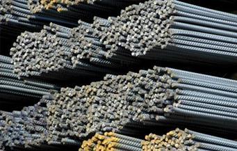 مصانع الحديد تتجاهل ارتفاعات أسعار الخامات والدولار وتتجه للتثبيت