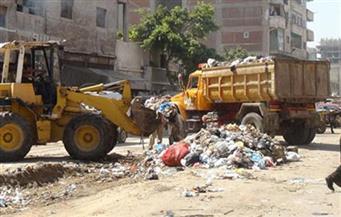 رئيس مركز أبو قرقاص بالمنيا يناقش خطة تطوير منظومة النظافة