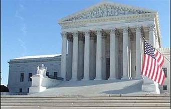 المحكمة الأمريكية العليا تمنع حاكم نيويورك من فرض قيود على أماكن العبادة بسبب كورونا